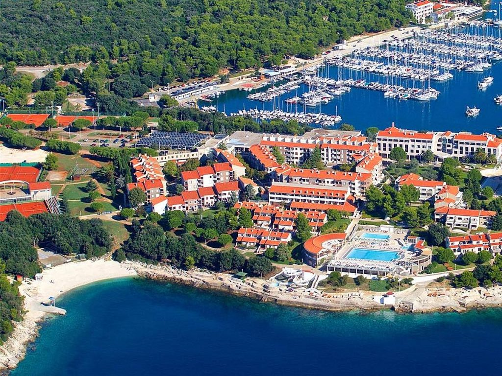 Apartments and mobile homes in Pula in Istria in Croatia